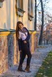 Bella ragazza al tramonto Immagini Stock Libere da Diritti