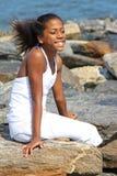 Bella ragazza alla spiaggia Fotografie Stock
