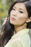 Bella ragazza asiatica cinese della giovane donna Fotografie Stock Libere da Diritti