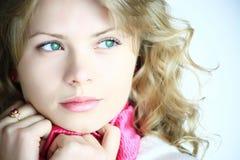 Bella ragazza bionda fotografia stock libera da diritti