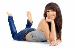 Bella ragazza in blue jeans fotografia stock libera da diritti