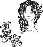 Bella ragazza con il fiore in suoi capelli Fotografie Stock