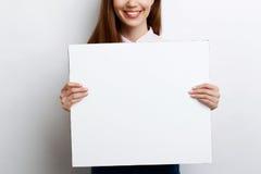 Bella ragazza con lo spazio della copia immagine stock