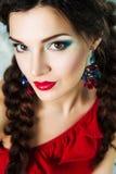 Bella ragazza con trucco colorato Immagini Stock
