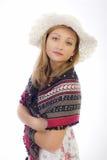 Bella ragazza con un cappello bianco Immagine Stock
