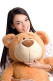 Bella ragazza con un grande orsacchiotto. Fotografia Stock Libera da Diritti