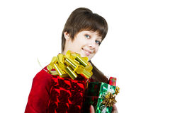 Bella ragazza con un mazzo di contenitori di regalo su bianco Fotografia Stock Libera da Diritti
