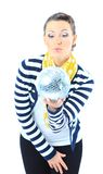 Bella ragazza con una sfera dello specchio Fotografia Stock Libera da Diritti