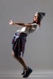 Bella ragazza dei pantaloni a vita bassa Fotografie Stock