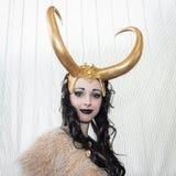 Bella ragazza del cosplayer che posa alla convenzione di Festival del Fumetto a Milano, Italia Fotografie Stock