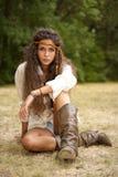 Bella ragazza del hippie nella sosta fotografia stock