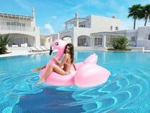 Bella ragazza divertendosi con il galleggiante rosa del fenicottero rappresentazione 3d Fotografia Stock Libera da Diritti