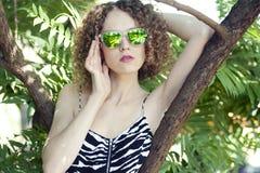 Bella ragazza in estate Immagine Stock