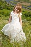 Bella ragazza nei vestiti della sposa Immagini Stock Libere da Diritti