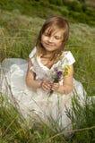 Bella ragazza nei vestiti della sposa Fotografia Stock