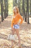 Bella ragazza nel parco Fotografia Stock