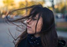 Bella ragazza nella città Fotografia Stock Libera da Diritti