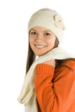 Bella ragazza in protezione e sciarpa Immagini Stock Libere da Diritti