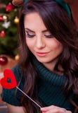 Bella ragazza sulla notte di Natale Immagini Stock Libere da Diritti
