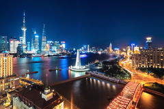 Bella scena di notte a Schang-Hai immagini stock