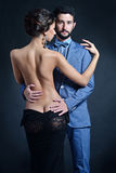 Bella signora in vestito con il tipo in vestito Fotografia Stock Libera da Diritti