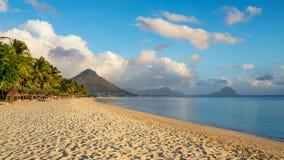 Bella spiaggia all'isola delle Mauritius Immagine Stock