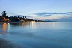 Bella spiaggia alla notte Immagini Stock Libere da Diritti