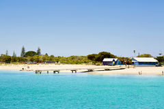 Bella spiaggia con la sabbia bianca Fotografie Stock Libere da Diritti