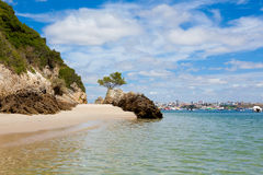 Bella spiaggia di Setubal nel Portogallo Fotografie Stock Libere da Diritti