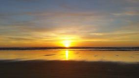 Bella spiaggia gialla & tramonto Fotografie Stock