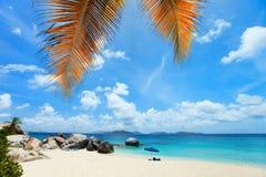 Bella spiaggia nei Caraibi Immagine Stock