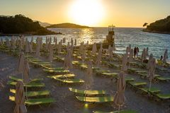 Bella spiaggia per una festa in Albania Mare ionico immagine stock libera da diritti