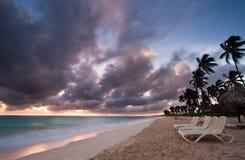 Bella spiaggia tropicale Immagini Stock Libere da Diritti