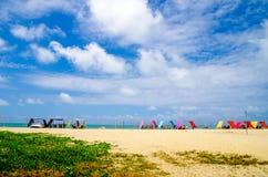 Bella spiaggia tropicale nella costa dell'Ecuador Fotografie Stock Libere da Diritti