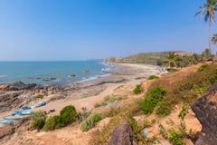 Bella spiaggia tropicale in Vagator, Goa, India fotografia stock