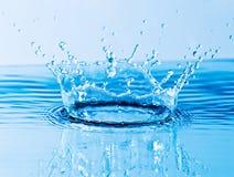 Bella spruzzata di acqua fotografia stock libera da diritti