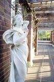 Bella statua della donna immagini stock libere da diritti