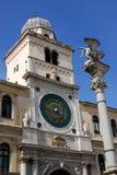 Bella torre di orologio a Padova nel Veneto (Italia) Immagine Stock