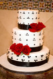 Bella torta di cerimonia nuziale Fotografie Stock Libere da Diritti
