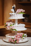 Bella torta di cerimonia nuziale fotografie stock
