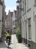 Bella via a Bruges immagini stock