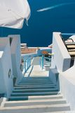 Bella via vuota in Santorini Immagine Stock Libera da Diritti