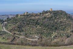 Bella vista aerea del villaggio medievale di Monticchiello, Siena, Toscana, Italia fotografia stock