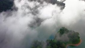 Bella vista aerea di Belum reale Malesia stock footage