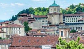 Bella vista aerea di paesaggio urbano di Bergamo Alta, Italia Immagini Stock
