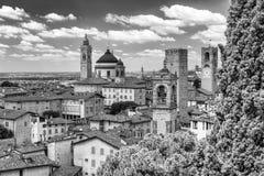 Bella vista aerea di paesaggio urbano di Bergamo Alta, Italia Fotografia Stock