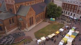 Bella vista aerea di vecchia città di Riga video d archivio