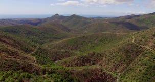 Bella vista aerea sulle montagne spagnole archivi video