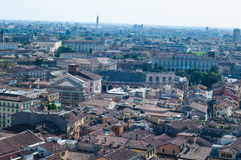 Bella vista dal lamberti della torre di Verona con il backgr Fotografia Stock