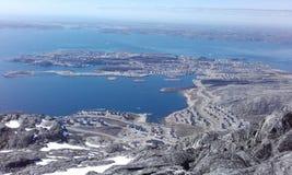 Bella vista dalla montagna Groenlandia Nuuk Woaw Immagini Stock Libere da Diritti